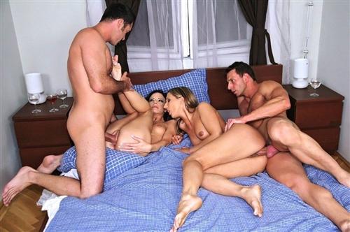 Dve-semeinye-pary-poprobovali-gruppovoi-seks---Svingery-video
